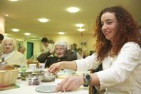 Hier klicken - Zur Teilzeit-Ausbildung AltenpflegerIn