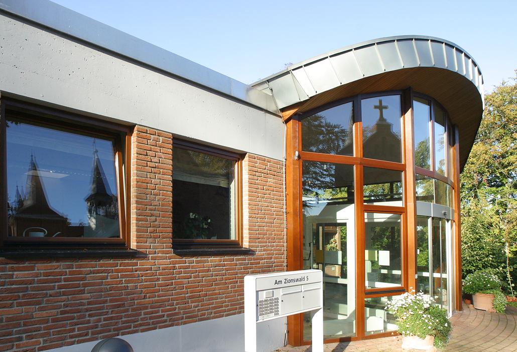 Haus der Stille - Eingang